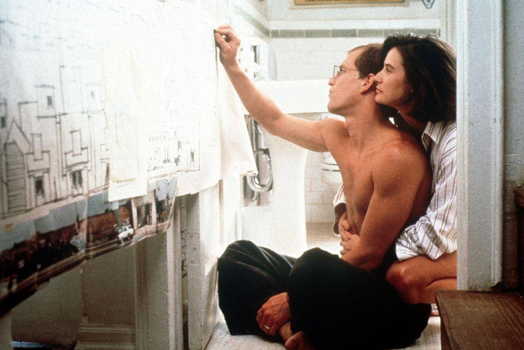 Diana (Demi Moore, r.) und David (Woody Harrelson, l.) sind glücklich verheiratet, bis David an der wunderschönen südkalifornischen Küste ein Traumg... - Bildquelle: Paramount Pictures