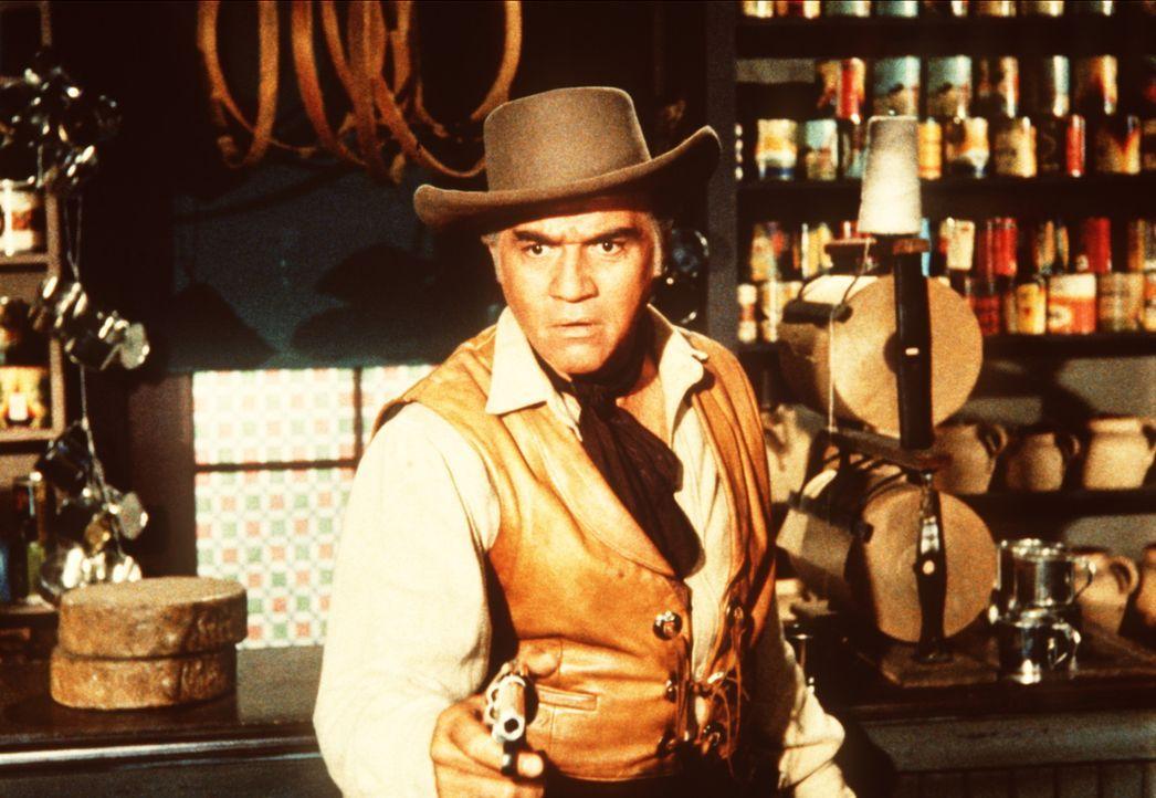 Ben Cartwright (Lorne Greene) erschießt in Notwehr den Taugenichts Luke Grayson. - Bildquelle: Paramount Pictures