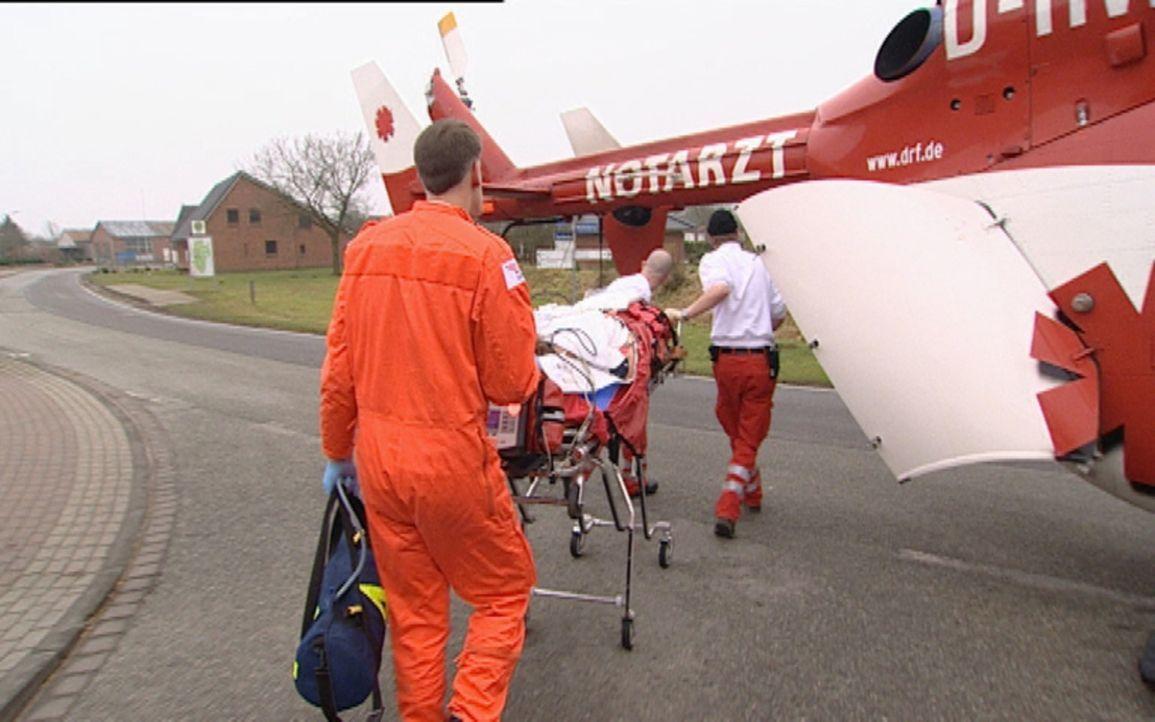 Schwerverletzte Personen, ungewöhnliche Unfallorte und Menschen in Ausnahmesituationen - das ist der Berufsalltag von Notfallspezialisten in ganz D... - Bildquelle: Sat.1