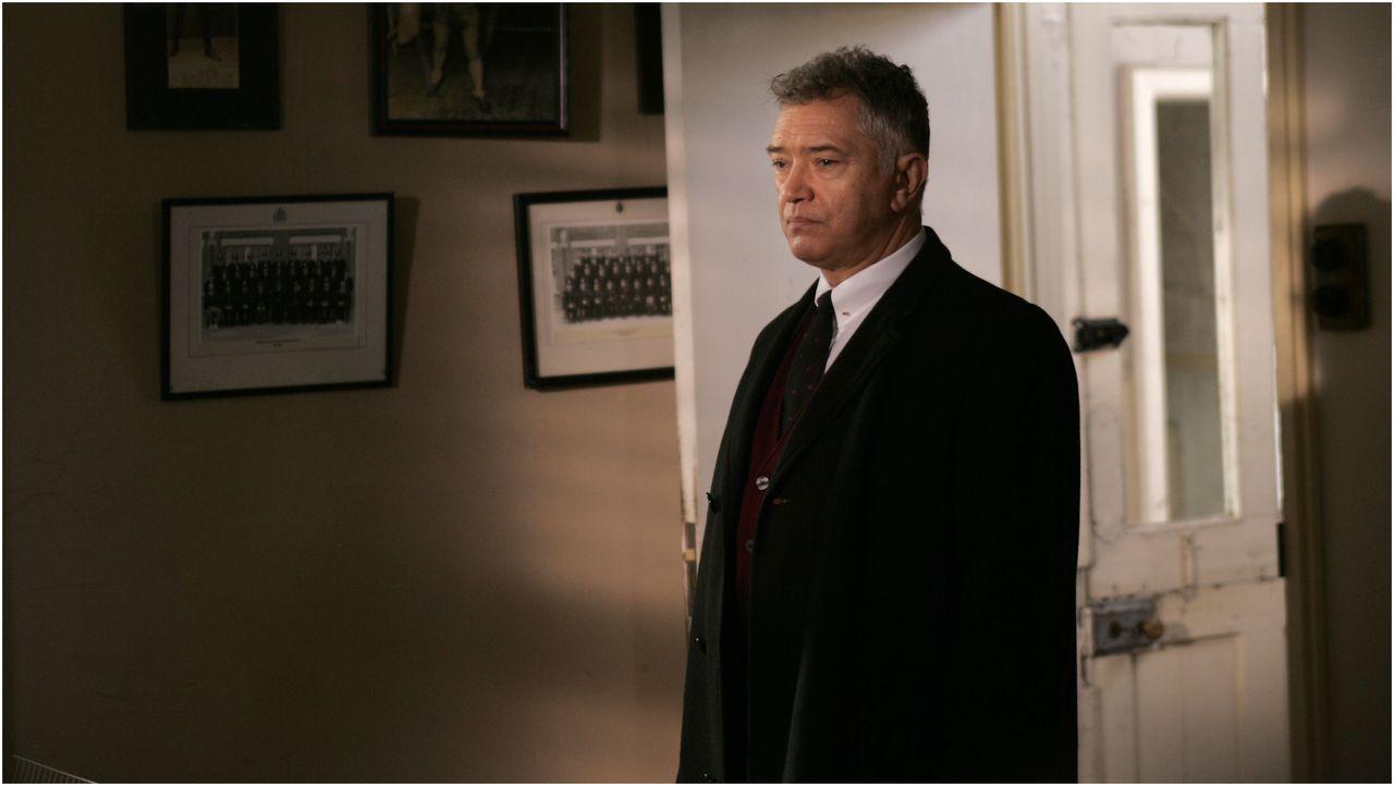 Ist nicht immer ein Gentleman: Inspector George Gently (Martin Shaw) ... - Bildquelle: ALL3MEDIA & Company Pictures