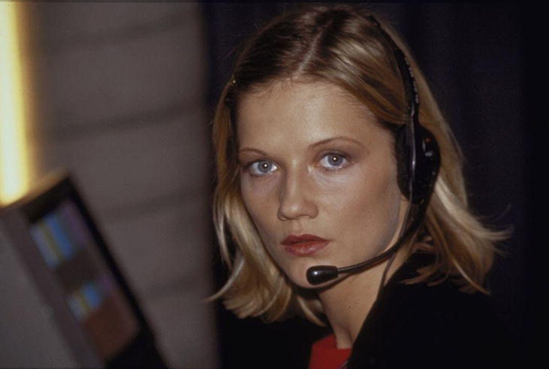 Als Löwes Frau entführt wird, kann Bibi (Doreen Jacobi) endlich ihr Können unter Beweis stellen ... - Bildquelle: Ines Gellrich ProSieben