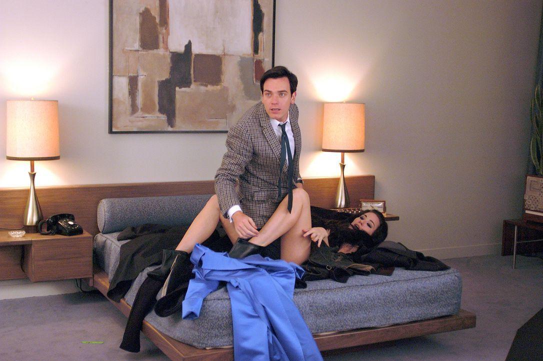 Reporter Catcher (Ewan McGregor, oben) ist erfolgreich im Beruf und vor allem bei den Frauen - ein klassischer Playboy ... - Bildquelle: Epsilon Motion Pictures