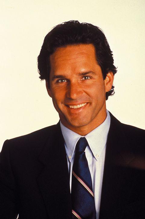 (1. Staffel) - Er ist mit Maggie verwandt und hat dennoch so gar nichts mir ihr gemeinsam der unbarmherzige Geschäftsmann Michael Sharpe (Gregory Ha...