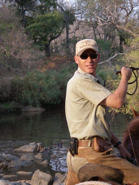 Gerti und Philip Kusseler sind begeisterte Reiter. Seit 1992 sind sie jedes Jahr nach Afrika gereist und immer wieder im Kruger-Nationalpark im Nord... - Bildquelle: kabel eins