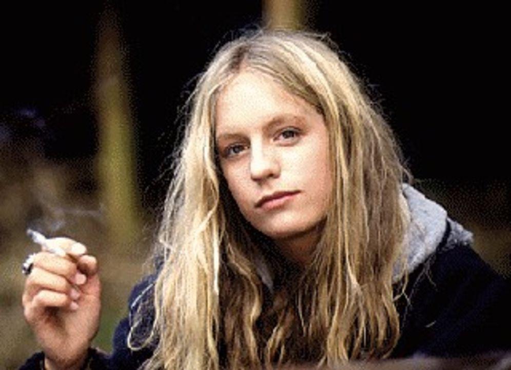 Die regelmäßigen Schläge von ihrer Mutter will die rebellische Eva Kirsch (Marlene Meyer-Dunker) nicht länger hinnehmen. Die schmiedet einen tödlich... - Bildquelle: SAT.1