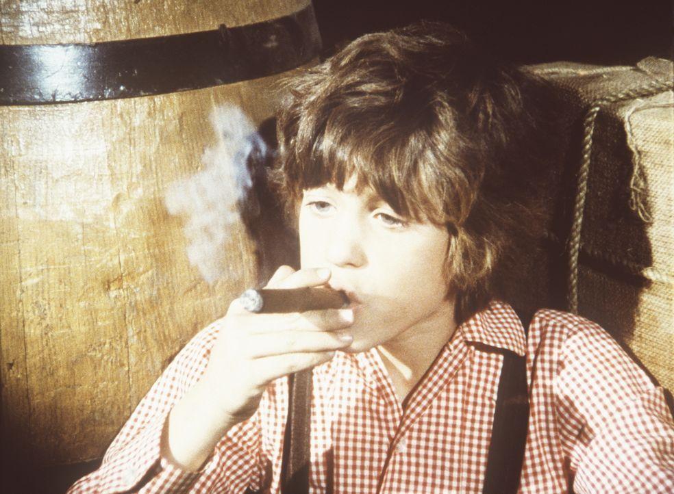 Um die Stimme ihres Bruders bei der Klassensprecherwahl zu bekommen, hat Nellie Oleson Willie (Jonathan Gilbert) eine Zigarre gegeben. - Bildquelle: Worldvision