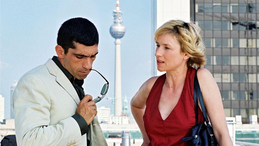 Blond: Eva Blond! - Der Mörder spricht das Urteil - Bildquelle: Volker Roloff Sat.1