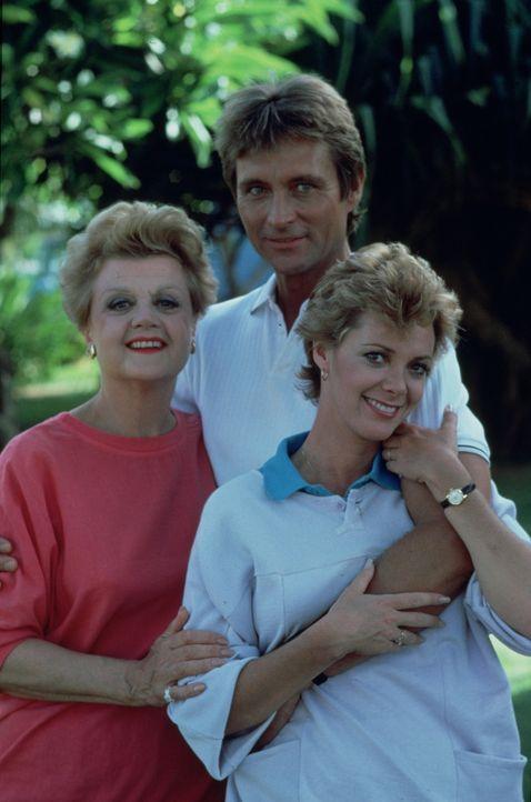 In einem Hotel in der Karibik lernt Jessica (Angela Lansbury, l.) Veronica Harrold (Anne Lockhart, r.) und Sven Torvald (John Phillip Law, M.) kennen. - Bildquelle: Universal Pictures