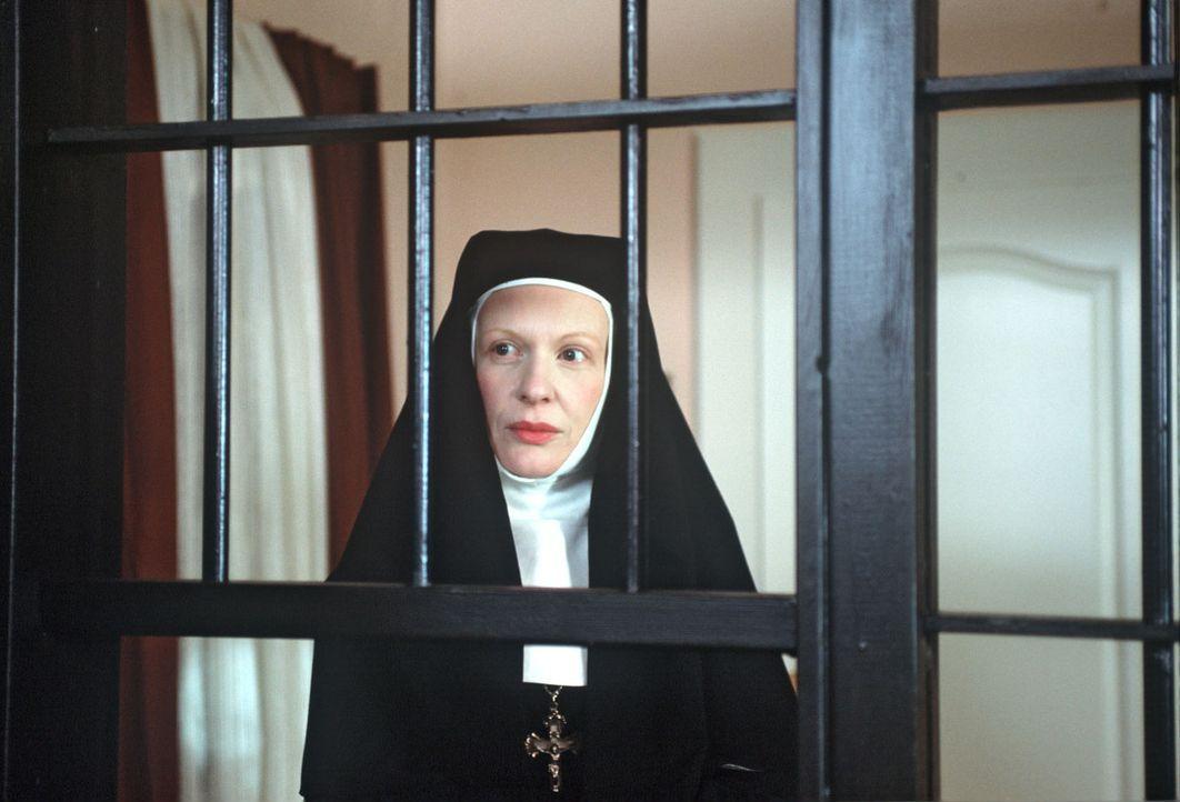 Im Kloster St. Ehrentraud, einem alten, strengen Nonnenorden, soll eine junge Nonne unter merkwürdigen Umständen verstorben sein. Priorin Mutter Mar... - Bildquelle: Magdalena Mate Sat.1