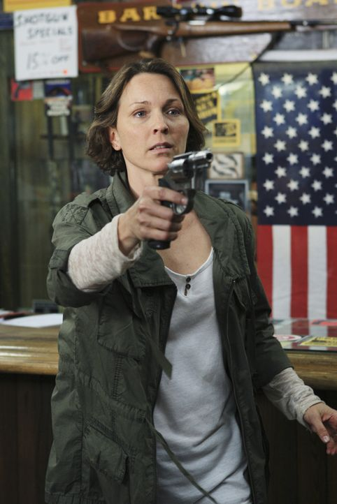 Das BAU-Team wird nach Tampa gerufen, um Shelley Chamberlain (Kelli Williams) zu stellen, die in einem Waffenladen ein Blutbad angerichtet hat ... - Bildquelle: Matt Kennedy 2011 American Broadcasting Companies, Inc. All rights reserved. / Matt Kennedy
