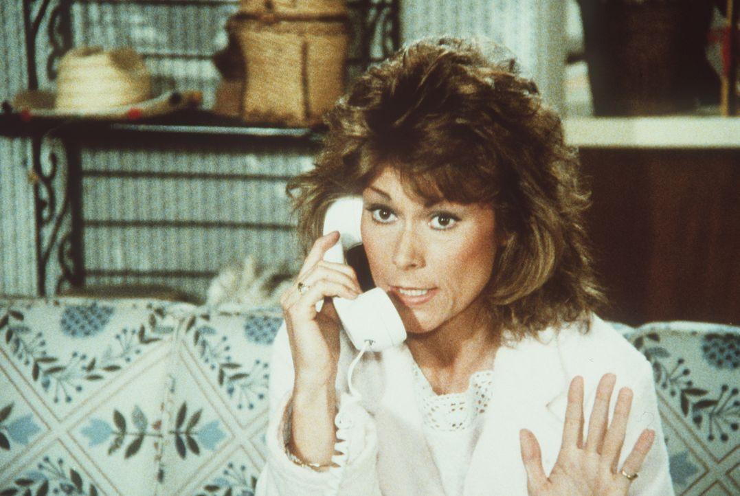 Kommt einem merkwürdigen Komplott auf die Spur: Amanda (Kate Jackson) ...