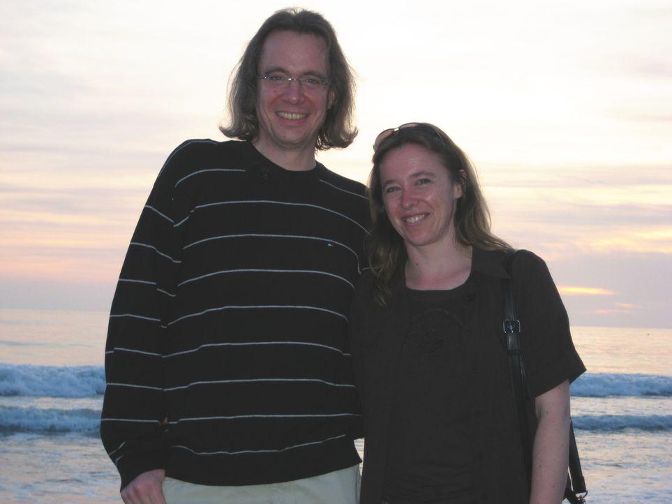 Evelin (r.) und Norman (l.) Ruppert aus Birkenwerder bei Berlin haben Loslück und können endlich weg aus Deutschland. Mit der gewonnenen Greencard... - Bildquelle: kabel eins