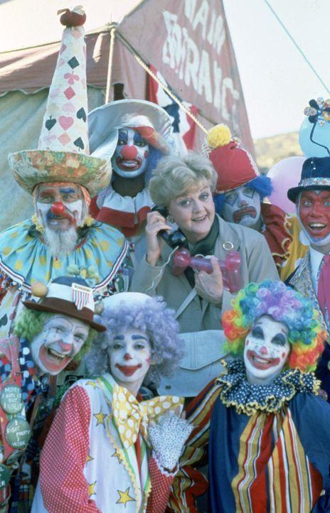 Seltsame Unglücksfälle beunruhigen die Zirkusleute. Als ein Zirkus-Vorarbeiter tot im Elefantenzelt aufgefunden wird, fällt der Verdacht auf Carl -... - Bildquelle: Universal Pictures