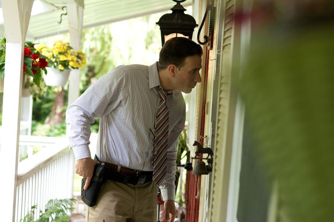 Während in Henry County in Georgia nach einem vermissten Geschäftsmann gesucht wird, wird im kalifornischen Oxnard die Leiche einer jungen Mutter ge... - Bildquelle: SALOON MEDIA INC. & ARROW INTERNATIONAL MEDIA
