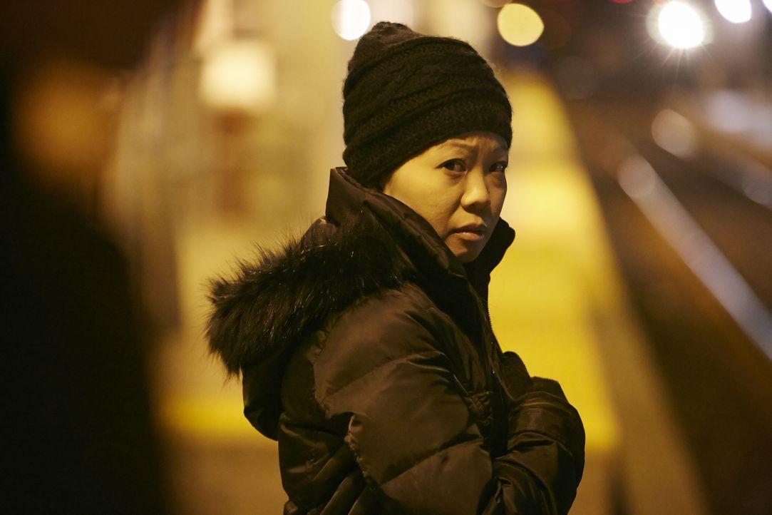 In einer kalten Winternacht in Calgary macht sich Arcelie Laoagan nach der A... - Bildquelle: Arrow International Media/Saloon Media Inc