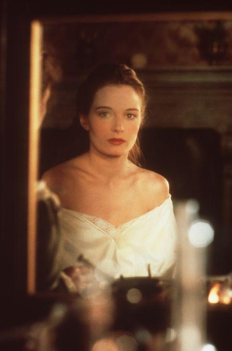 Als Kurtisane verkauft die liebreizende Veronica (Catherine McCormack) zwar ihren Körper für Geld, doch zumindest ihr Geist ist frei: Sie kann sich... - Bildquelle: Warner Bros.