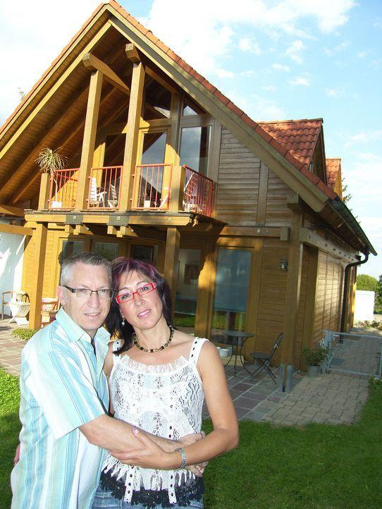 Familie Schönbach träumt davon, in Südafrika zu leben. Mit Sack und Pack machen sich die Schwaben Ursula (47) und Andreas (48) auf, um am Südzipfel... - Bildquelle: kabel eins