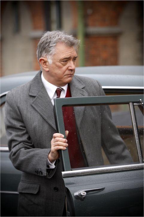 Ein neuer Fall für Inspector Gently (Martin Shaw): Ein paar Tage vor den landesweiten Parlamentswahlen des Jahres 1964 wird der ehemalige Besitzer u... - Bildquelle: ALL3MEDIA & Company Pictures