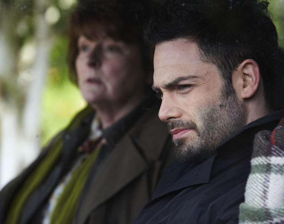 Vera Stanhope (Brenda Blethyn, l.); Joe Ashworth (David Leon, r.) - Bildquelle: Helen Turton ITV Studios / Helen Turton