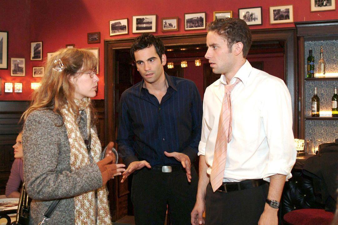 Lisa (Alexandra Neldel, l.) überbringt David (Mathis Künzler, M.) und Max (Alexander Sternberg, r.) die Nachricht, dass Yvonne spurlos verschwunden... - Bildquelle: Monika Schürle Sat.1
