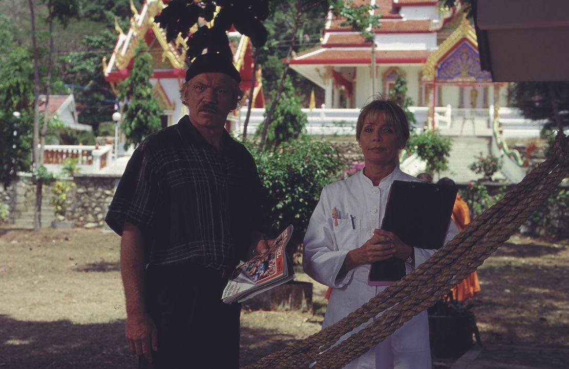 Hannes Müller (Raimund Harmstorf, l.); Marietta (Christine Schuberth, r.) - Bildquelle: Lisa Film
