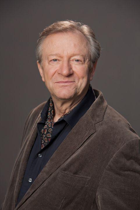 (1. Staffel) - Der Allgemeinarzt Dr. Harry Hansen (Gerhard Garbers) muss er erkennen, dass er selbst an die Grenzen seiner körperlichen Leistungsfäh... - Bildquelle: Conny Klein SAT.1