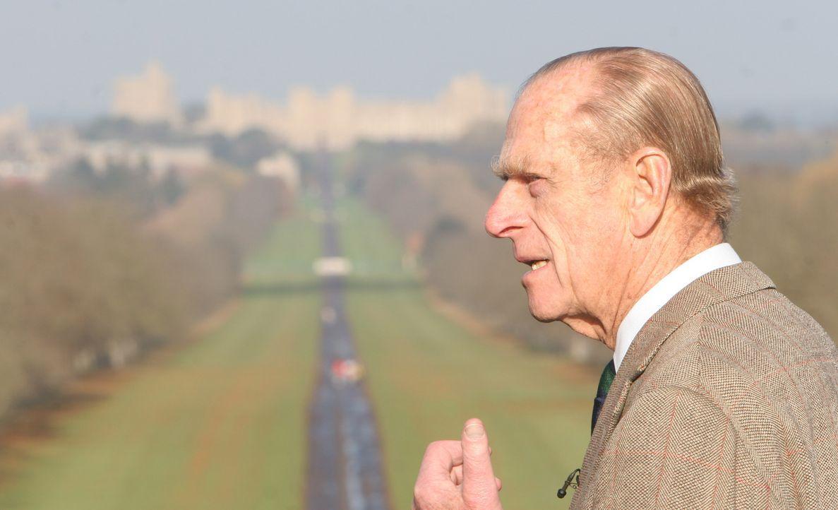 Prinz Philip präsentiert Windsor Castle und seine einmaligen Parkanlagen ... - Bildquelle: Ian Jones HTI  MEDIA