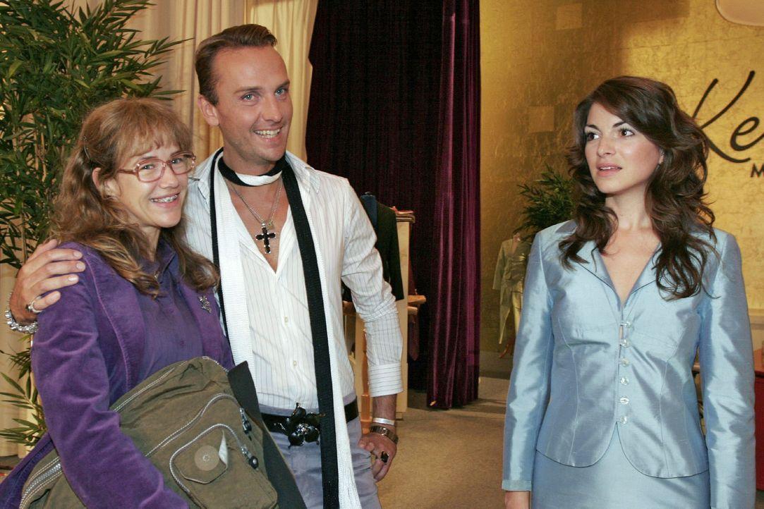 Lisa (Alexandra Neldel, l.) ist glücklich über Hugos (Hubertus Regout, M.) Unterstützung. Mariella (Bianca Hein, r.) wird das neue Gesicht von Kerim... - Bildquelle: Noreen Flynn Sat.1