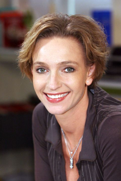 Am Set: Cornelia Niedrig - Bildquelle: Ralf Jürgens Sat.1