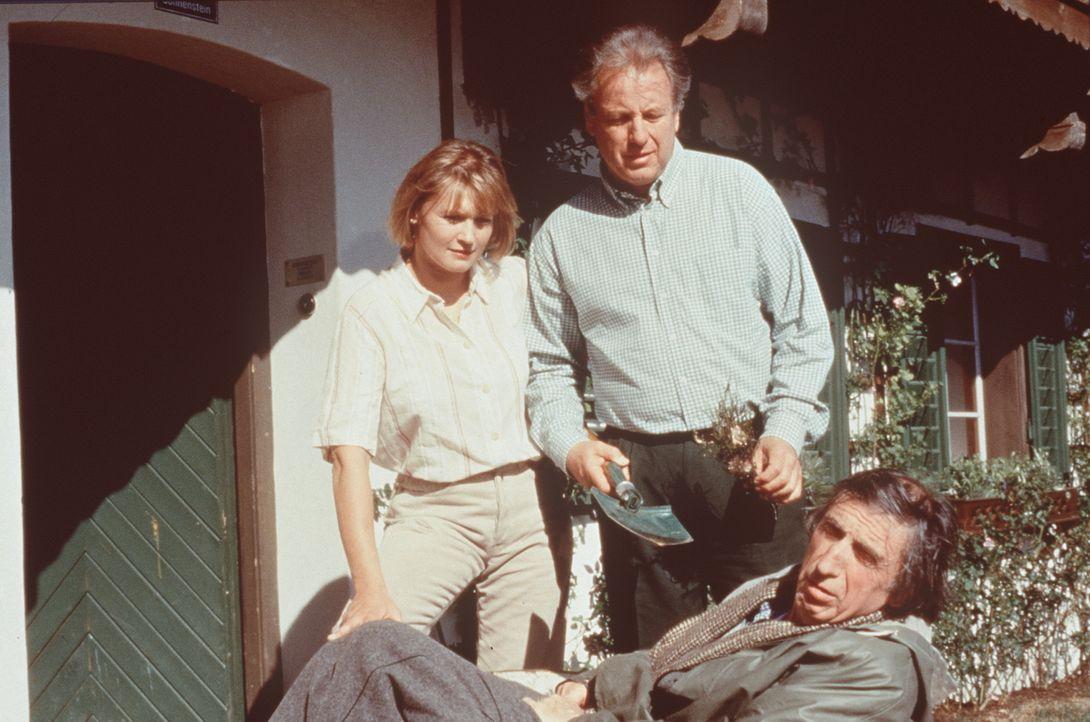 (v.l.n.r.) Dr. Sabina Spreti (Anita Zagaria); Dr. Thomas Burgner (Gerhart Lippert); Herrn Konrad (Herbert Fux) - Bildquelle: Beta Film GmbH