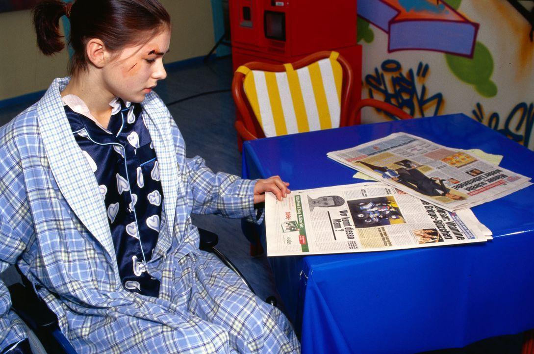 Inga (Henriette Richter) sieht in der Zeitung das Phantombild, welches aufgrund ihrer Aussage veröffentlicht wurde, und bekommt ein schlechtes Gewis... - Bildquelle: Kurby Sat.1
