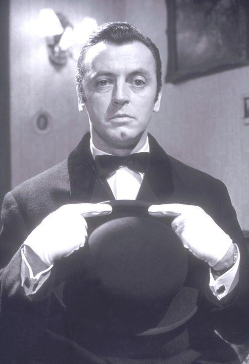 Spaß - oder Galgenvogel? Parker (Ediie Arendt) ist zwar ein guter Butler, aber das hilft seinen Herren wenig: Sie sterben für gewöhnlich eines myste... - Bildquelle: Constantin Film