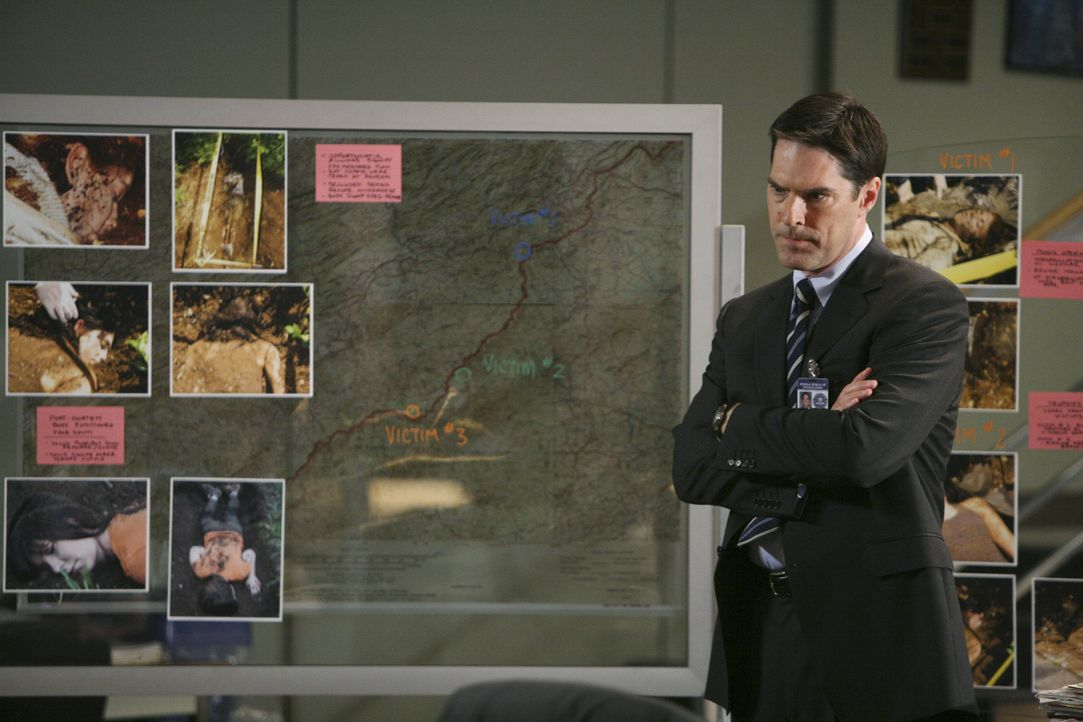 Ein Fall, der bereits vier Jahre vergangen ist, bereitet Aaron Hotchner (Thomas Gibson) Kopfzerbrechen ... - Bildquelle: Adam Taylor 2008 ABC Studios. All rights reserved. NO ARCHIVE. NO RESALE. / Adam Taylor