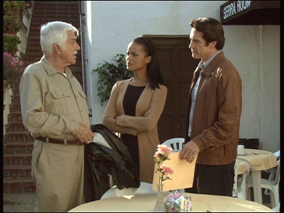 In dem Kloster, in das sich Amanda (Victoria Rowell, M.) zur Besinnung zurückgezogen hat, wird ein Mann ermordet. Steve (Barry Van Dyke, r.) und Mar... - Bildquelle: Viacom