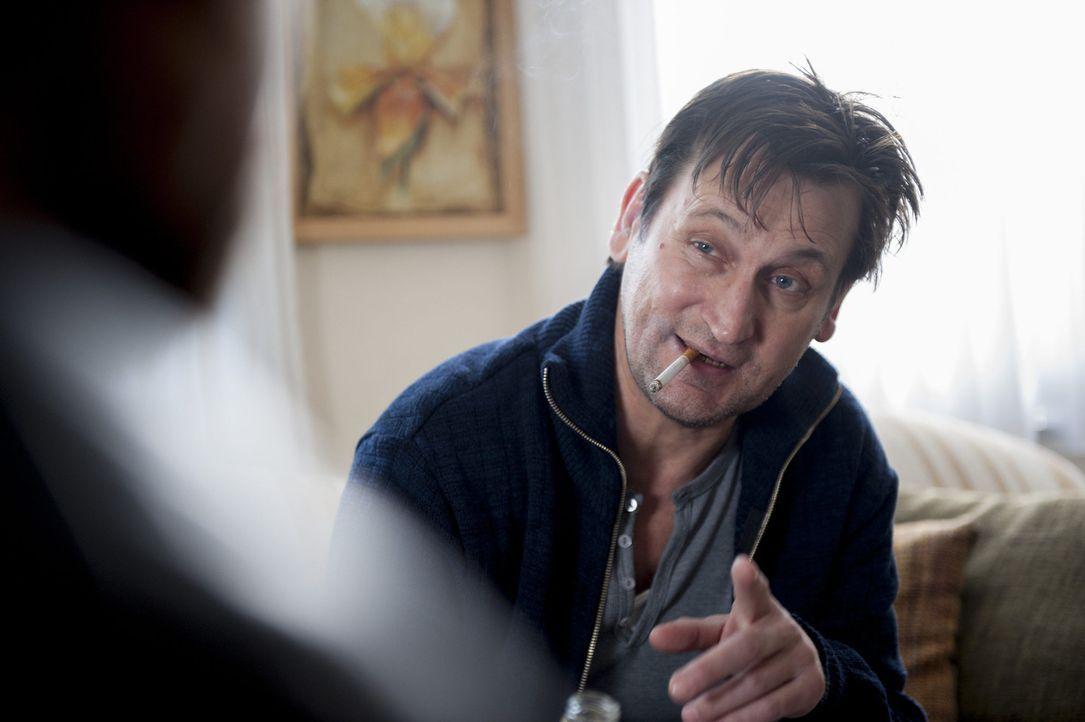 Als Bergmann Horst Lubczeck ist in einer Zeche, 1000 Meter unter der Erde ermordet aufgefunden wird, beginnen Mick und Andreas mit den Ermittlungen... - Bildquelle: Martin Rottenkolber SAT.1