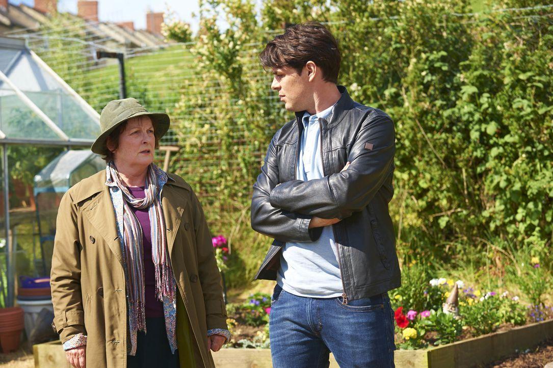 Vera Stanhope (Brenda Blethyn, l.); Aiden Healy (Kenny Doughty, r.) - Bildquelle: Rachel Joseph ITV Studios / Rachel Joseph