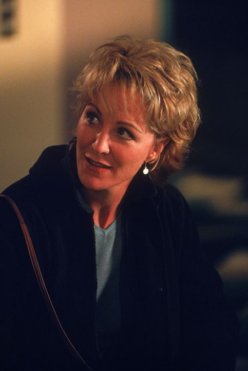 Stephanie Serone (Joanna Kerns) - Bildquelle: 1998 Twentieth Century Fox Film Corporation.  All rights reserved.