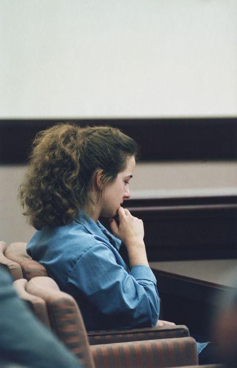 Juli 1994: Die Amerikanerin Susan Smith wird wegen des Mordes an ihren beiden Söhnen von einem Geschworenengericht in South Carolina zu lebenslanger... - Bildquelle: Corbis.  All Rights Reserved.