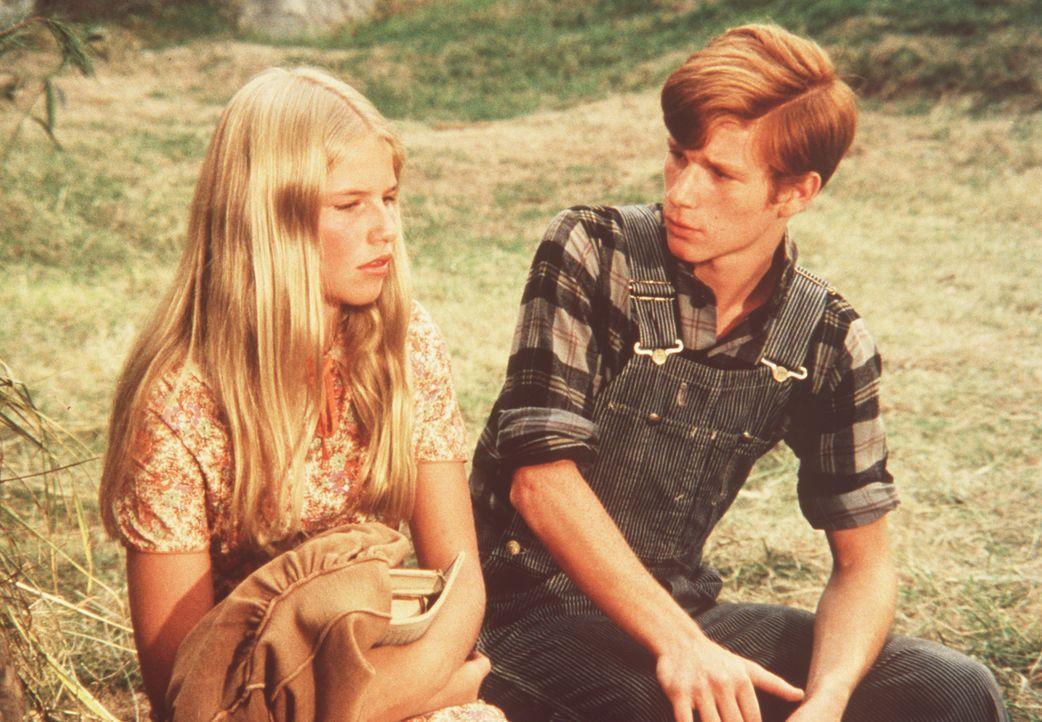 Nancy Maddens (Cindy Fisher, l.) Mutter ging fort, als Nancy noch ein Baby war. Um ihre Mutter jetzt wieder zu sehen, überredet sie ihren Freund Ben... - Bildquelle: American Broadcasting Company