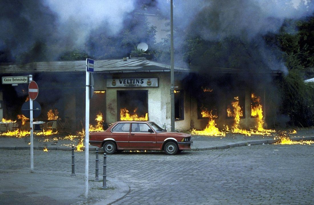 Die Soko übernimmt einen Fall, in dem es um heftige Sprengstoffanschläge geht ... - Bildquelle: T. Landgräber ProSieben