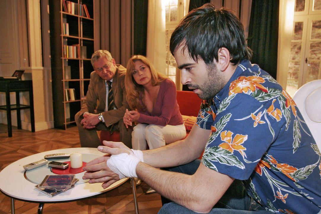 David (Mathis Künzler, r.) klärt Friedrich (Wilhelm Manske, l.) und Laura (Olivia Pascal, M.) darüber auf, wie er sich künftig sein Leben vorstellt.... - Bildquelle: Noreen Flynn Sat.1