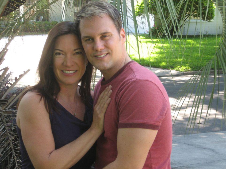 Jennifer Thompson; Jennifers Ehemann - Bildquelle: MMX ATLAS MEDIA CORPORATION