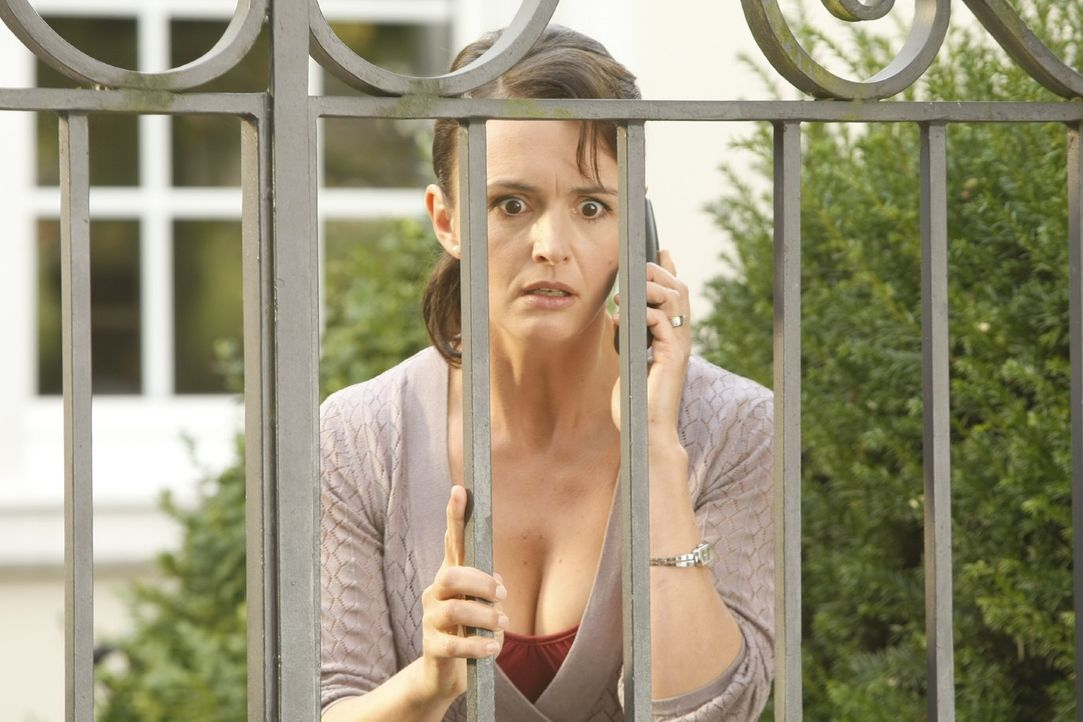 Danni lässt nicht locker - sie will unbedingt Ulla Winkler (Bettina Engelhardt) und ihren Mann vor Gericht bloßstellen ... - Bildquelle: Frank Dicks SAT.1