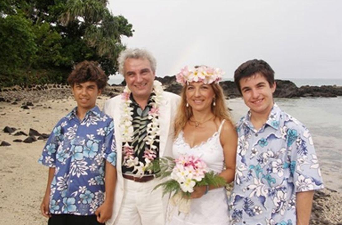 """""""I han mei Paradies g'funde"""", sagt der gebürtige Schwabe Jochen Kiess (48). Vor elf Jahren hat er zusammen mit seiner Frau Angela (40) und den beide... - Bildquelle: kabel eins"""