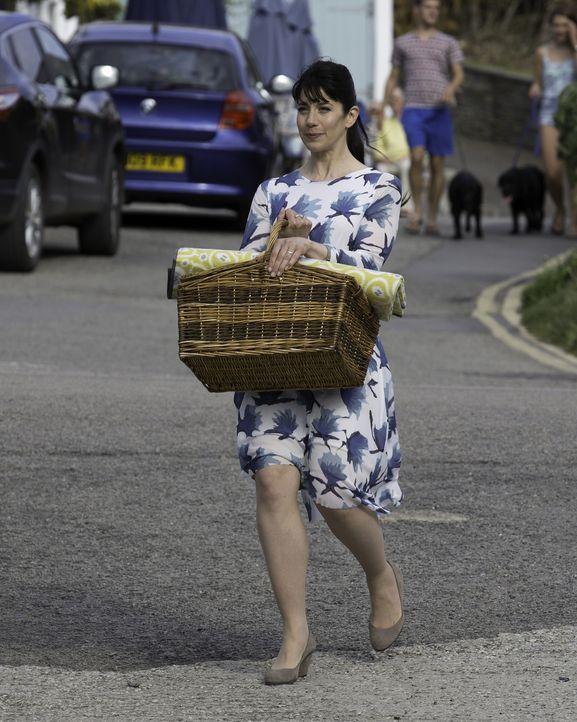 (7. Staffel) - Louisa (Caroline Catz) kehrt zwar aus Spanien zurück, doch die Probleme in ihrer Ehe mit Doc Martin bleiben bestehen ... - Bildquelle: Neil Genower IN LETZTER MINUTE