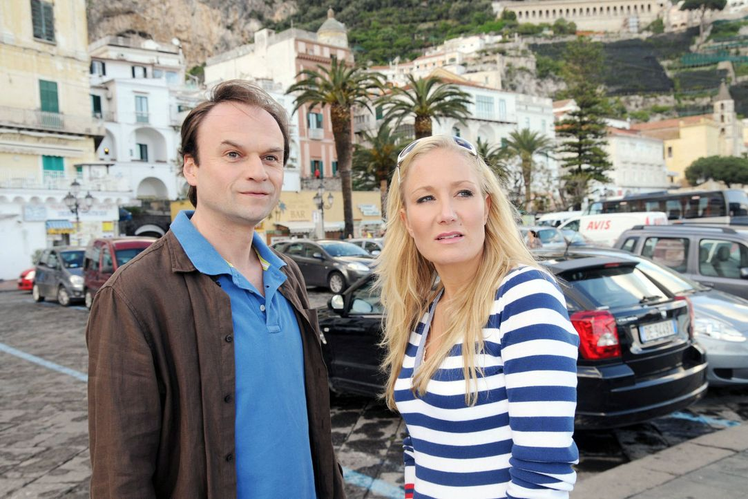 Matthias (Stefan Mehren, l.) und Regina (Janine Kunze, r.) blicken in eine ungewisse Zukunft. - Bildquelle: Aki Pfeiffer Sat.1