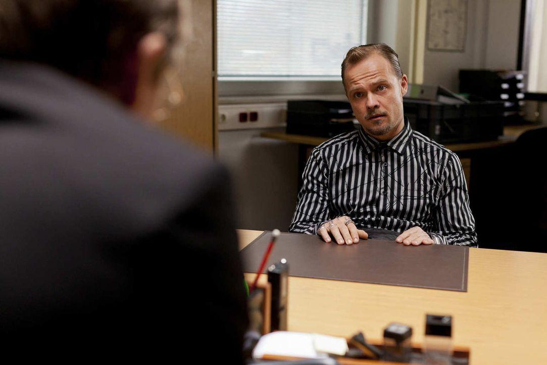 Wird Dustin (Matthias Koeberlin, r.) seine gerechte Strafe erhalten? - Bildquelle: Frank Dicks SAT.1
