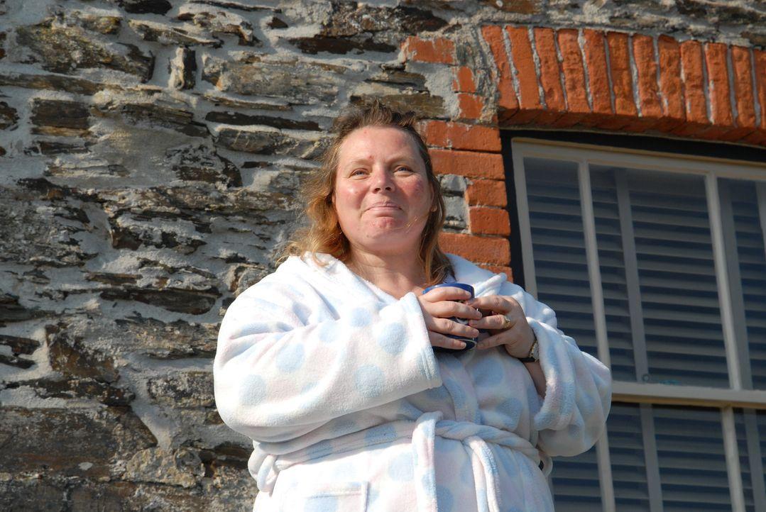 Dr.Diana Dibbs (Joanna Scanlan) ist Doc Martins Nachfolgerin in Portwenn. Doch leider erweist sie sich nicht als die kompetenteste Ärztin und schein... - Bildquelle: BUFFALO PICTURES/ITV