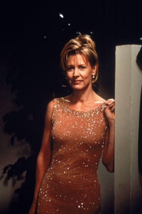 Dr. Kathryn Austin (Christine Lahti) - Bildquelle: 1998 Twentieth Century Fox Film Corporation.  All rights reserved.