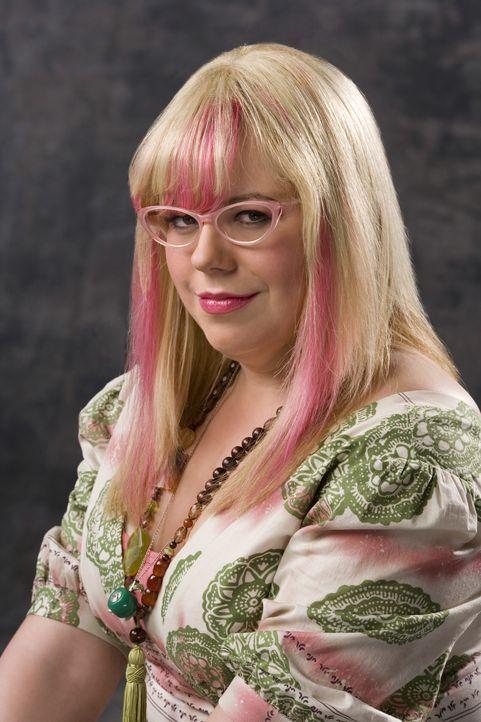 (3. Staffel) - Penelope Garcia (Kirsten Vangsness ) ist die technische Expertin im Hauptquartier des B.A.U. in Quantico .... - Bildquelle: Monty Brinton 2007 ABC Studios. All rights reserved. NO ARCHIVE. NO RESALE./ Monty Brinton / Monty Brinton